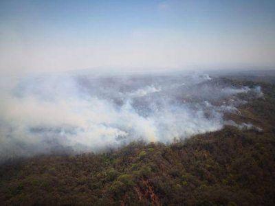 Las Yungas: tres focos de incendios están fuera de control