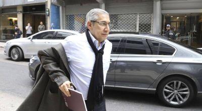 Con las paritarias empantanadas, Rodolfo Daer reflota el pedido para que eliminen Ganancias: