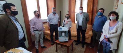 ACOFAR donó un concentrador de oxígeno para el Hospital Pintos