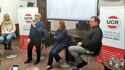 Reunión de dirigentes de la Unión Cívica Radical de Avellaneda