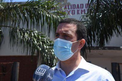 Solís visitó escuelas y dialogó con las distintas comunidades educativas