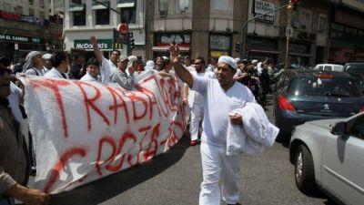 Los trabajadores de Cresta Roja piden ayuda del Gobierno para resolver el conflicto