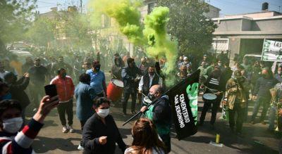 Vuelven a movilizar los municipales en Córdoba y crece la presión sobre el ajuste de LLayrola