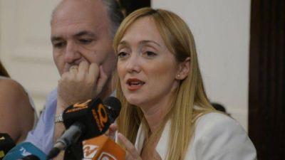 Un exgobernador también respaldó a Anabel como presidenta del PJ