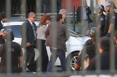 Investigan si Cambiemos previó revueltas carcelarias porque Bonadio planeaba detener a CFK en marzo de 2017