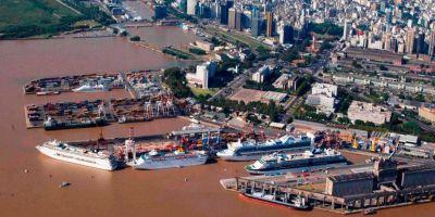 Sigue la incertidumbre por la continuidad de los empleos y los gremios paralizan el puerto de Buenos Aires