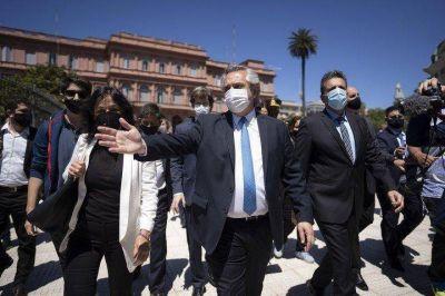Sin hablar con Cristina Kirchner, Alberto Fernández acerca posiciones con Máximo Kirchner y Oscar Parrilli