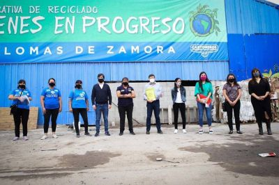 Desarrollo Social lanzó líneas de financiación para Cartoneros, Carreros y Recicladores