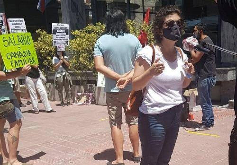 Paraná: Docentes se manifestaron frente al CGE
