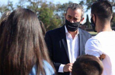 El intendente de Rosario advirtió que reforzará los controles