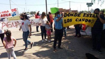 Reconquista: desaparición de caños de agua comprados para obras