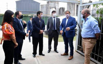 Moroni suma territorio, recorrió una industria en Almirante Brown y se reunió con Mariano Cascallares