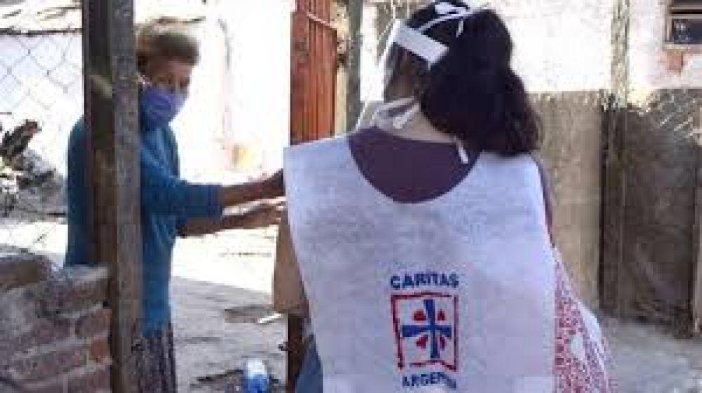 Cáritas Argentina tiende su mano al pobre durante la pandemia
