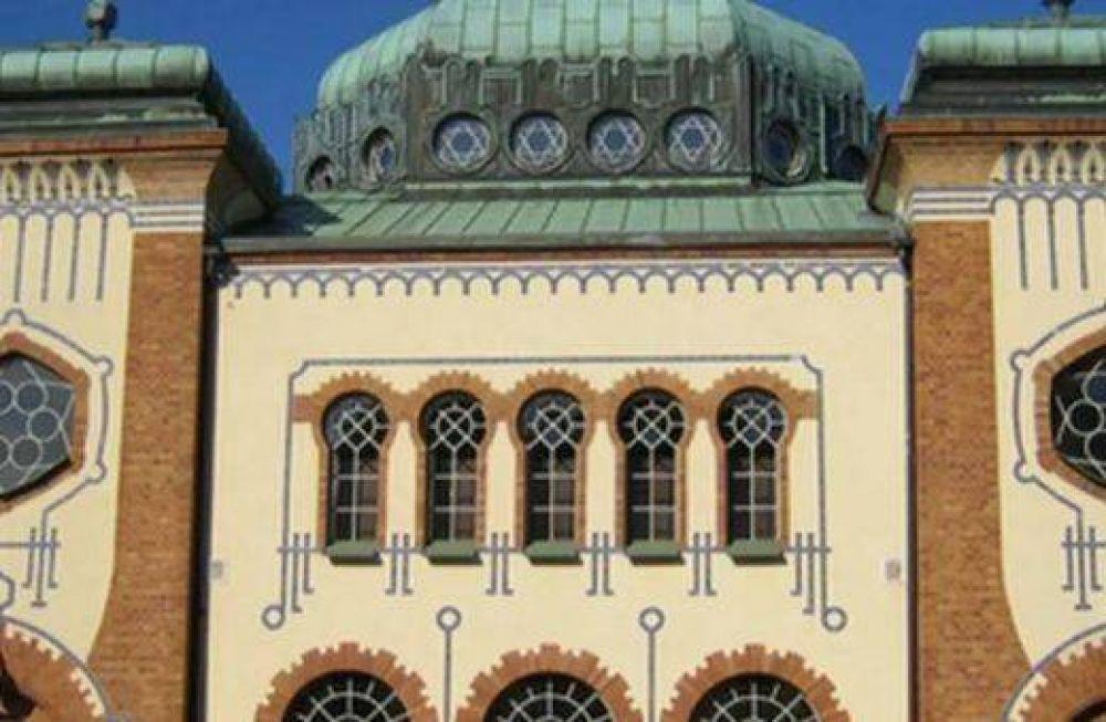 Rabinos, imanes y políticos suecos conmemoraron la Kristallnacht en Malmoe