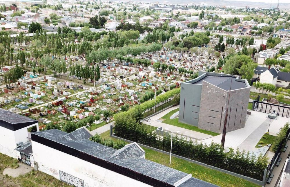 Cementerio colapsado mientras el 5% del espacio de la necrópolis es asignado a la familia Kirchner
