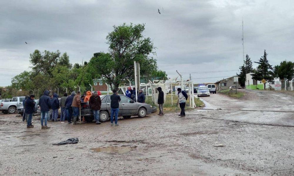 El tenso cruce entre los piqueteros y un funcionario municipal