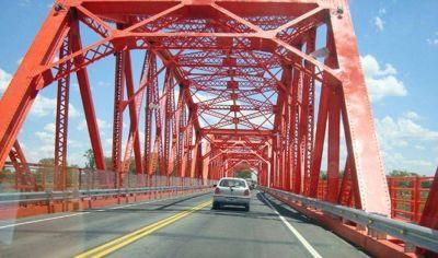 Cortarán el Puente Carretero este viernes para limpiar la calzada y los desagües