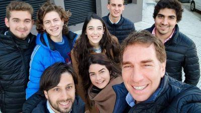 Santilli se quedó con la juventud PRO de Capital y dejó a Marcos afuera de todo