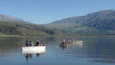 El COE habilitó la pesca en la provincia desde el 20 de noviembre