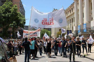 Judiciales de Córdoba paran por 48 horas este viernes y el martes