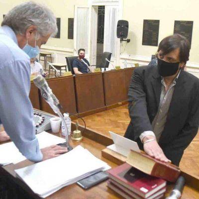 Alejandro Mazo juró como concejal en reemplazo de Lacunza