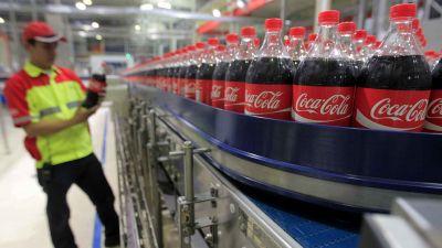 Coca-Cola pacta traslados a Sevilla y prejubilaciones por el cierre del centro de Málaga
