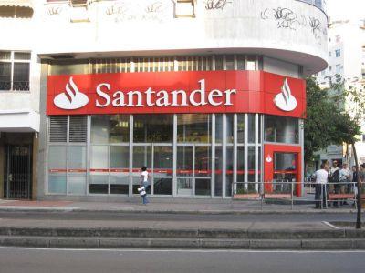 El Banco Santander prevé despedir 4.000 empleados de España