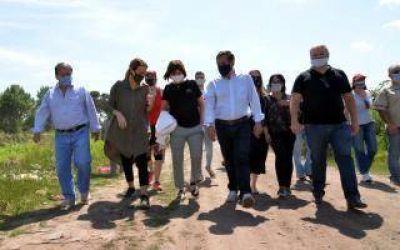 Tomas de tierras: Bullrich estuvo en Guernica y Ciudad Evita y formuló una advertencia al gobierno