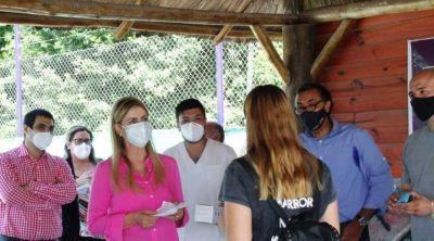 Cañuelas en la Pileta Municipal, Se entregaron más de 120 pares de anteojos en el barrio Libertad