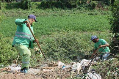 El Municipio erradicó minibasural y recuperó espacio público en Villa Ghío