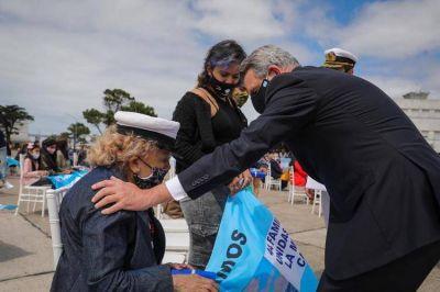 Los 44 submarinistas del ARA San Juan siguen vivos en el corazón de su pueblo