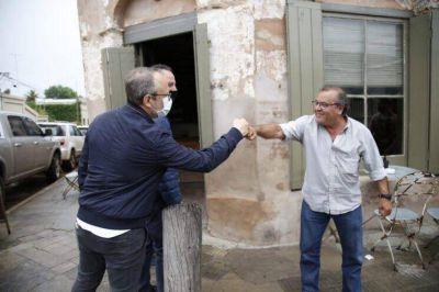 Valenzuela y Garro recorren el interior de la Provincia