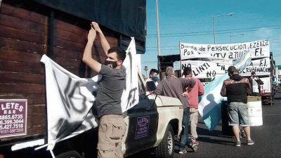 Fleteros se reunieron con funcionarios y levantaron la protesta del Puente Pueyrredón