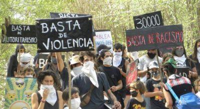 Suspendieron al jefe comunal de Villa Cerro Azul por sus posteos con fotos de Hitler y Videla