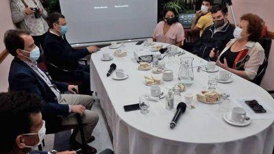 Llamosas abrió la serie de encuentros entre el Consejo Económico y candidatos