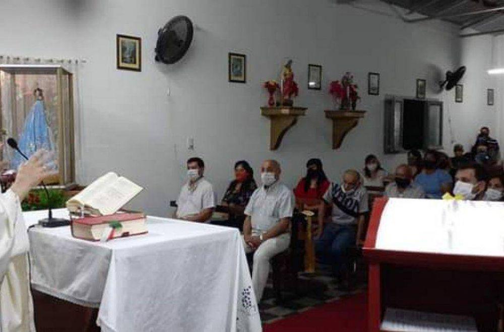 La comunidad de Monte Potrero celebró jubilosa las Bodas de Oro de su templo