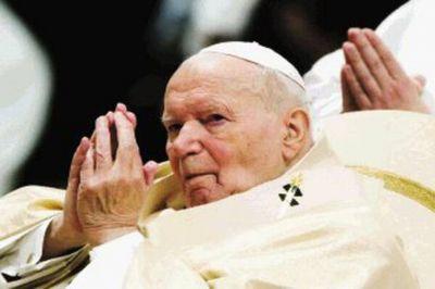 ¿Santificado demasiado pronto? Un informe del Vaticano muestra una dura versión de Juan Pablo II