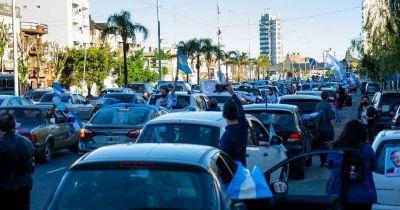 Sale de Lomas una caravana para apoyar el aporte de las grandes fortunas