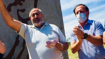 Daer fue a Santa Fe por el Día de la Militancia y apoyó al camionero opositor a Moyano