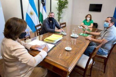 Gobernadora de Rio Negro firmó el pase a planta permanente de 701 trabajadores públicos