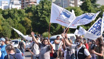 Caravana de trabajadores del Astillero en apoyo al proyecto de Aporte Solidario