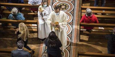 Los obispos europeos piden libertad para poder celebrar las misas