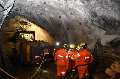 ASIJEMIN propone que Minera Aguilar sea dirigida por los trabajadores mineros