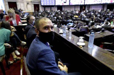 Después del Presupuesto (y con el FMI en el país), los siete frentes abiertos que tiene Guzmán