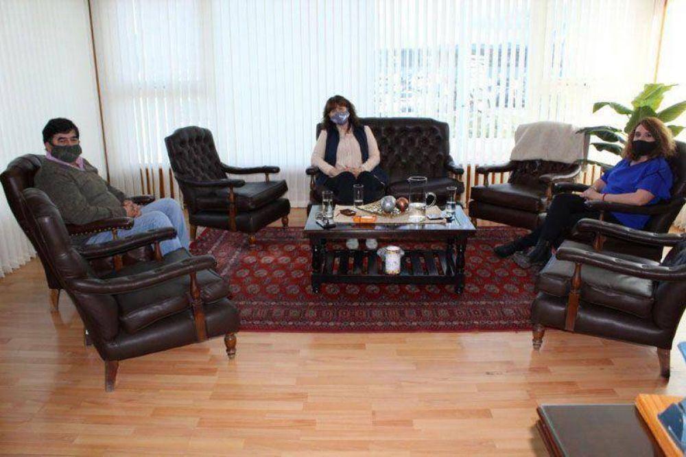 Urquiza junto al ministro Romero analizaron la situación laboral actual