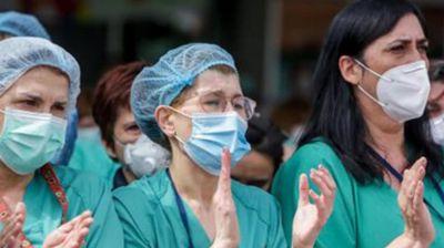 Movilización de enfermeros y enfermeras en reclamo de mejores salarios