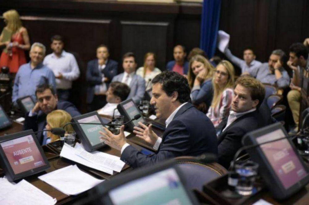 La oposición prepara una estocada inesperada: pedirá explicaciones de más ministros