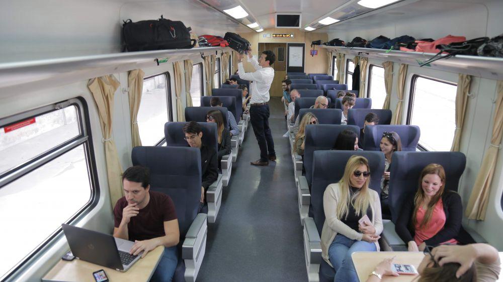 Este lunes el tren vuelve a conectar Mar del Plata con Plaza Constitución