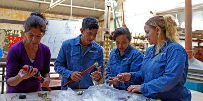"""""""Potenciar Trabajo"""", el plan del Gobierno para reemplazar la asistencia con empleo"""