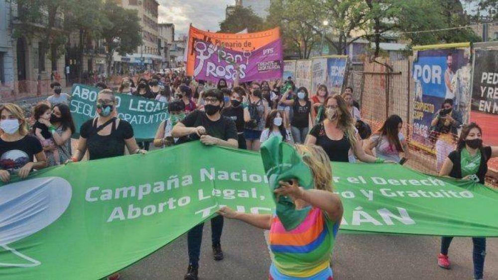 """¿""""Cambiar desde adentro"""" al PJ de Manzur? Debates para fortalecer la pelea por el aborto legal"""